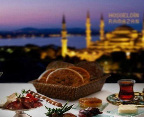 Ramazan Ayında Nasıl Beslenmeliyiz